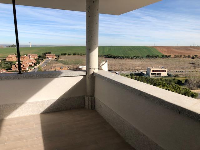 Construcciones Puente Romano - Villamayor - Campo de Golf - Pareado de lujo